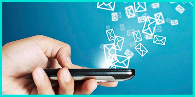 SMS проигрывают мессенджерам